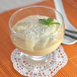 mousse Vanille, suggestion de présentation, avec une pincée de poudre de coco